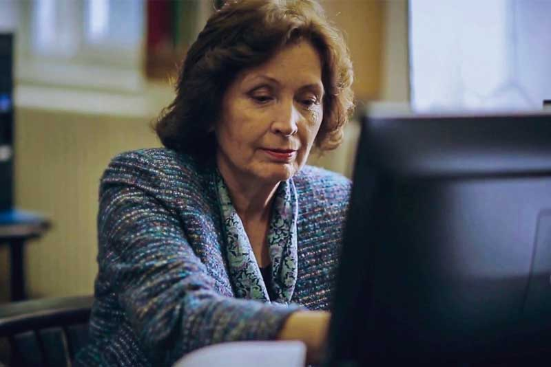 """""""A nyelvtankönyvek nem sokat változtak az elmúlt évtizedekben"""" – interjú É. Kiss Katalin nyelvésszel"""