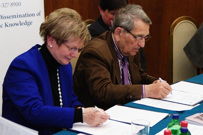 Megerősítette együttműködését a TIT és az Anyanyelvápolók Szövetsége az 51. magyar nyelv hete alkalmából