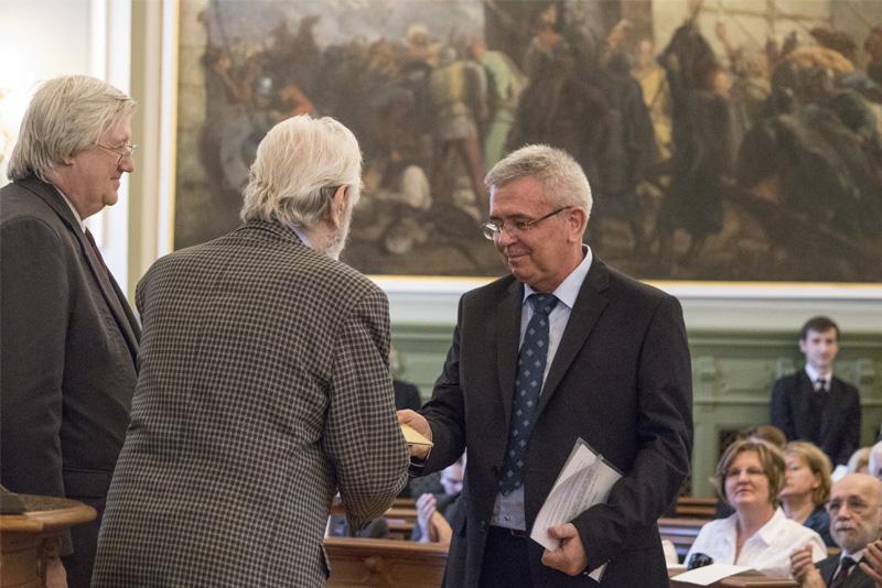Bemondók és tanárok vehették át a Kazinczy-díjat idén