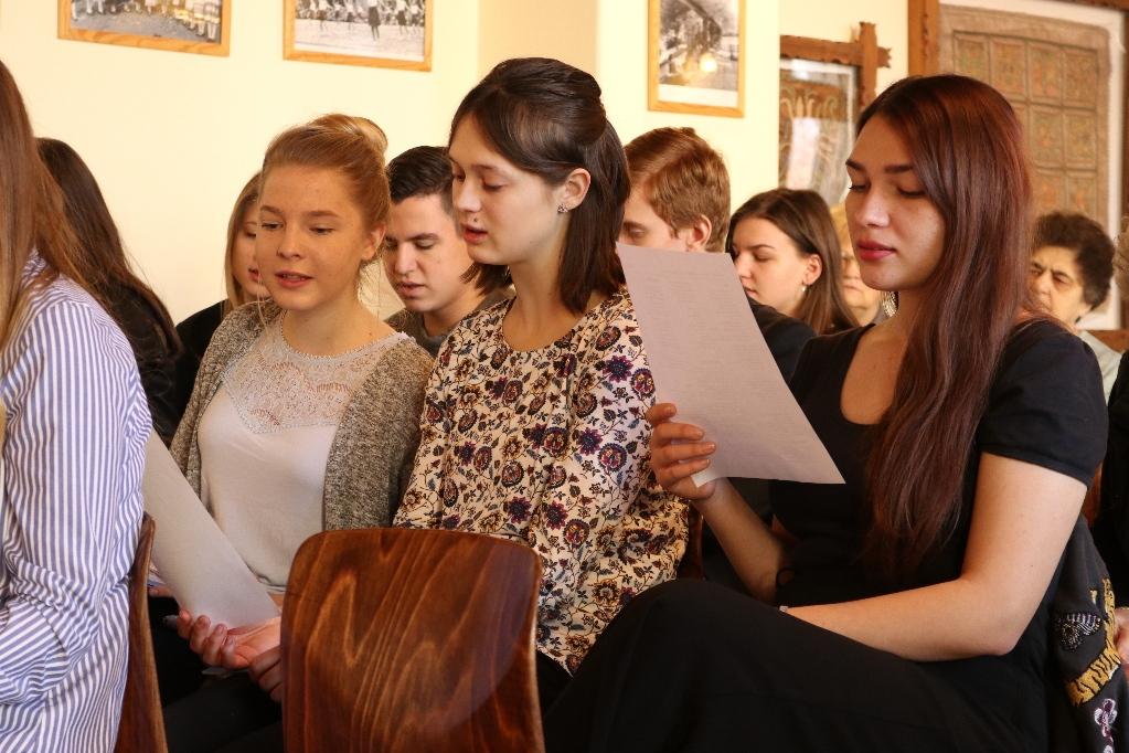 VI. Kárpát-medencei ifjúsági anyanyelvi parlament